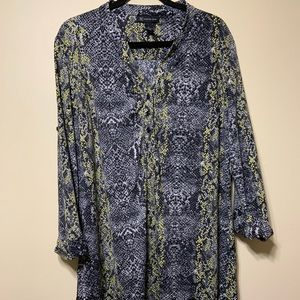 Xlg blk/yellow snake design tunic